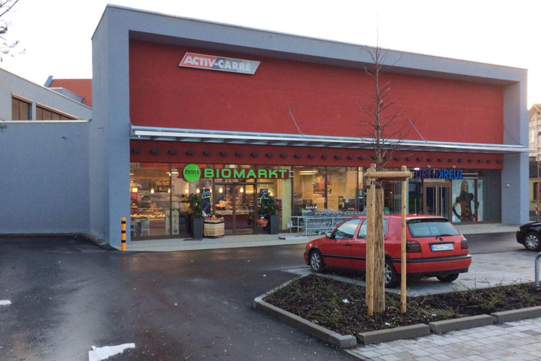 Außenansicht Einkaufzentrum Brackenheim   © KnauthArchitektur